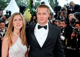 aniston mariage brad pitt offers apology to aniston twelve years after