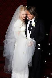 nicole kidman is giving up her wedding dress in the name of love