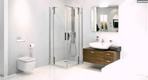 Kleines Bad Fliesen Kleines Badezimmer Einrichten Duschkabine Glas Badmöbel Holz Helle