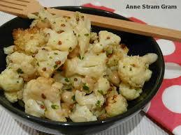 cuisiner le chou fleur salade de chou fleur et pois chiche rôtis stram gram