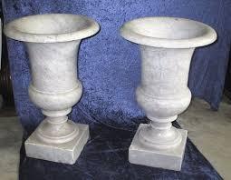 vasi decorativi vasi decorativi in marmo bianco carrara inizio1900 0189