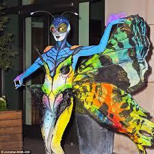 10 Amazing Heidi Klum Halloween Costumes Copy Amazing Transformation Mother Donned Shimmery