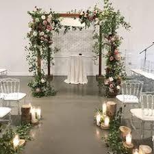 wedding arches ottawa putnam putnam wedding flower display clear plexi box wedding