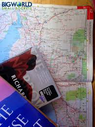 Best Road Trip Map 15 Must Have Items For The Best Road Trip Big World Small Pockets