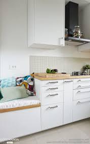re lumineuse cuisine une cuisine lumineuse blanche et bois adc l atelier d à côté côté