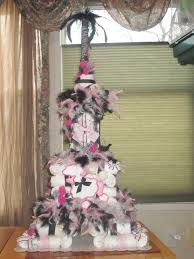 eiffel tower diaper cake ain u0027t that crafty pinterest diapers