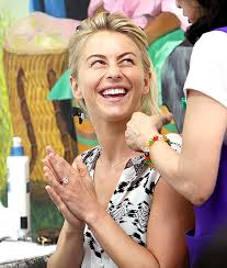 julianne hough engagement ring julianne hough works toned in striped plus that ring