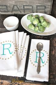 Kitchen Table Decoration by Best 25 Dinner Napkins Ideas Only On Pinterest Table Napkin