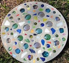 10 garden mosaic projects garden mosaics mosaic projects and