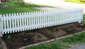 Simple Garden Fence Ideas Fascinating Garden Fence Designs From Simple To Luxury