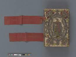 reading materials textile surfaces and early modern books