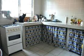 cuisine cacher un rideau pour cacher le ptit bordel dans la cuisine elodystyle un