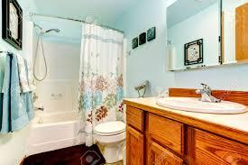 blue bathroom 44h us