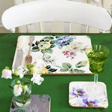 wallpaper craft pinterest make wallpaper tablemats use leftover wallpaper crafts