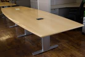 Boat Shaped Meeting Table 12 U0027 Nienkamper Maple Conference Table With Teledata Forums