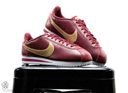 Nike Comfort Footbed Sneakers Blog Nike Retro Lifestyle Collections Sneakerhead Com