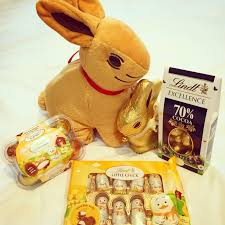 lindt easter bunny mummy s space lindt gold bunny easter hunt chocolate magic
