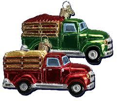 world ornaments farm truck assorted 46014