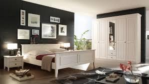 wohnideen schlafzimmer rustikal wohnideen fr schlafzimmer rustikal warme farben naturholz innen