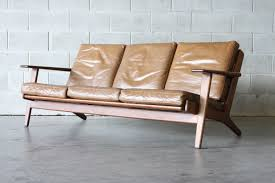 hans wegner plank sofa the plank sofa by hans wegner the vintage shop