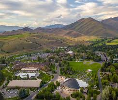 sun valley lodge dining room sun valley resort 2017 room prices deals u0026 reviews expedia