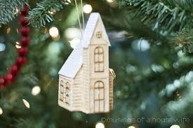 ornament show tell