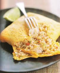 cuisine thaï pour débutants omelette fourrée au riz sauté et crabe thaï recettes d hubert