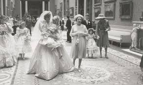 unseen pics of princess diana and charles on their wedding day