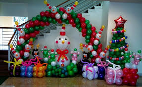 indoor christmas decorations 60 budget friendly outdoor indoor christmas decorations with balloons