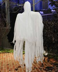 How To Make Little Ghost Decorations Halloween Ghost Decorations Martha Stewart