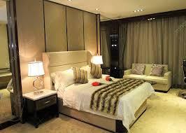 Antique Finish Bedroom Furniture Antique Business Type Hotel Bedroom Furniture Covered With Glossy