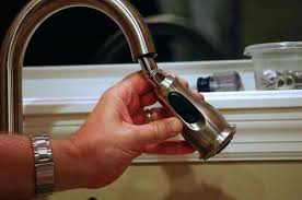 moen kitchen faucet repairs fixing a leaky moen kitchen faucet single handle kitchen faucet