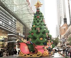australian lego christmas tree is over 30 feet tall and made from