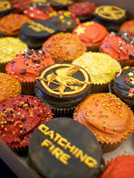 hunger games catching fire cupcakes crumbs u0026 doilies