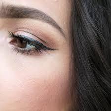 Eye Liner 100 line liquid eyeliner black root