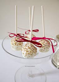 raspberry and white chocolate cake pops