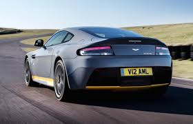 aston martin back my17 aston martin v12 vantage s debuts 7spd manual option