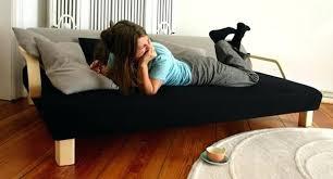 lit transformé en canapé lit transforme en canape dessinac par le designer allemand jannis