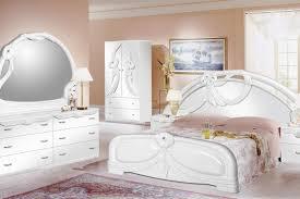 Schlafzimmer Weisse M El Wandfarbe Weiße Schlafzimmermöbel Möbelideen