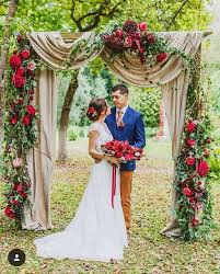 Wedding Arches Decorated With Burlap Eye Catching Burlap Wedding Arch Decorations Must Catch Eyes