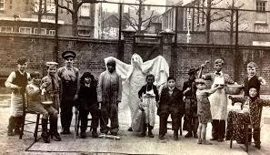 1920 u0027s children in portsmouth uk celebrating halloween