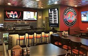 round table pizza clubhouse looking round table pizza clubhouse restaurants expand in pacific