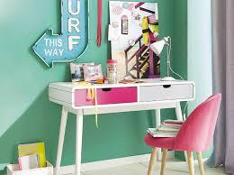 bureau chambre ado 5 façons d aménager un coin bureau dans une chambre d ado