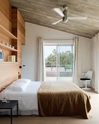 mur de chambre en bois le lambris dans la chambre
