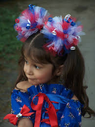 fourth of july hair bows all wrapped up but who gets to open it la la