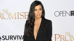 kourtney kardashian gets cozy with new bf younes bendjima in france