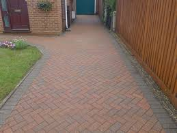 Moss Cleaner For Patios Block Paving Driveway Cleaning Berkshire Patio Decking Pressure