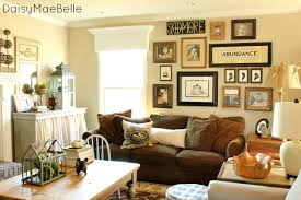 Family Room Wall Decorating Ideas Wonderful Decor Cheap Infobury - Family room decor