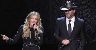 Faith Hill When The Lights Go Down Tim Mcgraw Faith Hill U0027s New Tour 9 Best Things We Saw Rolling