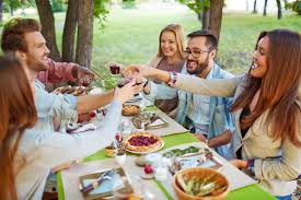 thanksgiving dinner toasts tis the season to be fluffy 5 tips to prevent holiday weight
